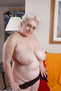 floppy saggy tits
