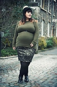 Curvy Beauties 50 Clothed Edition