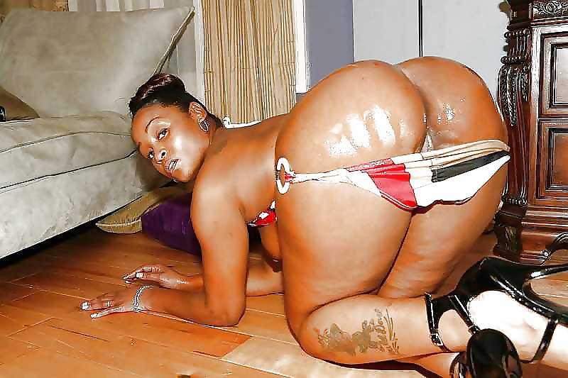 Black girl loves white