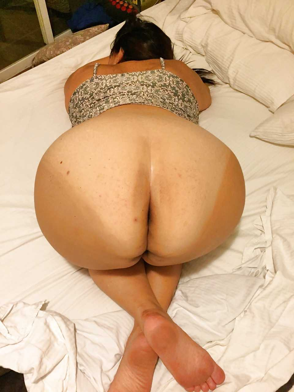 Mature Mexican Booty